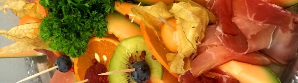Werdener Partyservice | Essen – Heidhausen | Lieferservice | Buffets | Kalt – Warm – Braten – Canapees – Fisch – Fleisch – Spanferkel | Fingerfood | 7 Tage / Woche | Personal | Geschirr | Heiligabend | Gans
